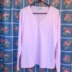 Burberrys of London long sleeve pink 100% cashmere